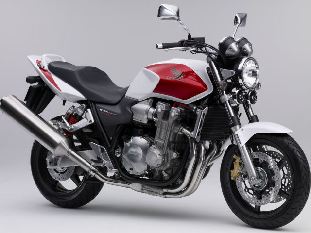 Honda-lança-no-Japão-as-novas-CB-1300-Super-Four-2021