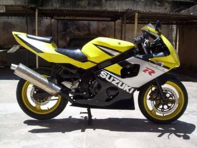 GS500Carenada (11)