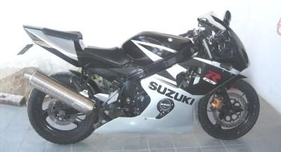 GS500Carenada (14)