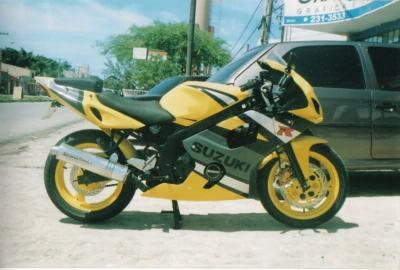 GS500Carenada (7)