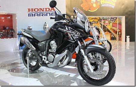 HondaTransalp700_1
