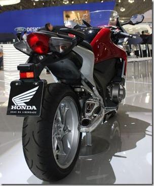 HondaVFR1200_1