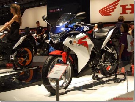 Milao_Honda_CBR250R_1