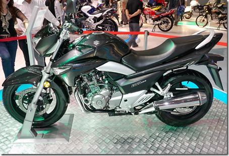 Suzuki_GW250_3