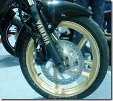 YamahaFZ16Series (3)