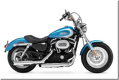 2011-harley-davidson-1200-custom-blue