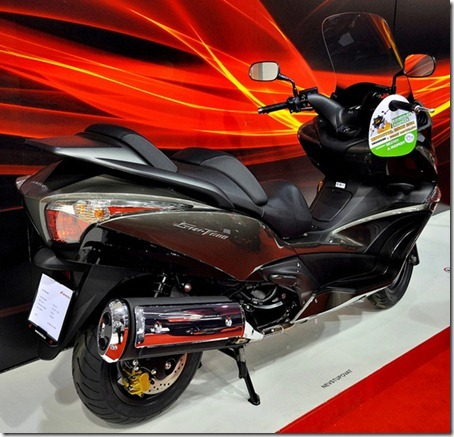 Honda-SWT600-2
