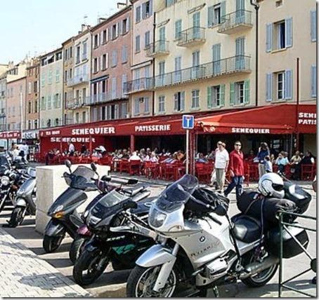 Motos_em_Saint_Tropez_-_France