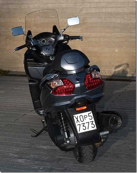 2010-Sym-Maxsym-400-5