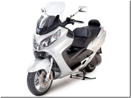 2010-Sym-Maxsym-400---600-Scooter-2