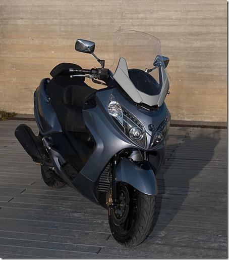 2010-Sym-Maxsym-400-6