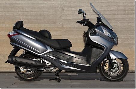 2010-Sym-Maxsym-400-7
