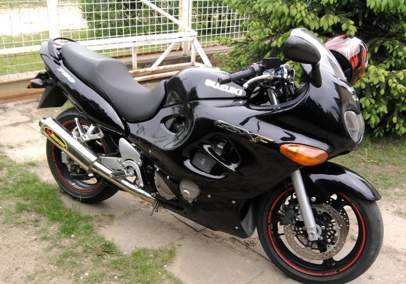 Histria suzuki gsx750f motociclismobr suzuki gsx750f 2003 fandeluxe Gallery
