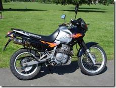 Honda-NX_650_Dominator-1996