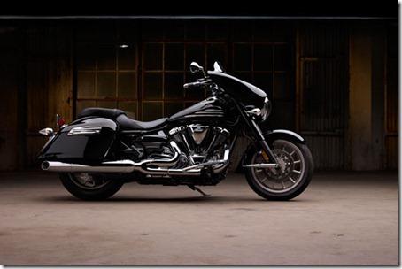 2011-Yamaha-StratolinerDeluxeb-small