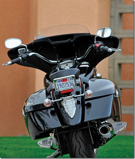 2011-Yamaha-StratolinerDeluxefejk