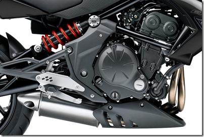 er6-n_motor2