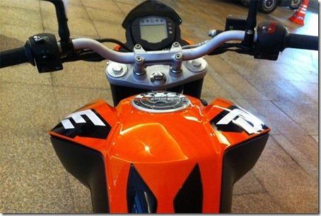 KTM2001