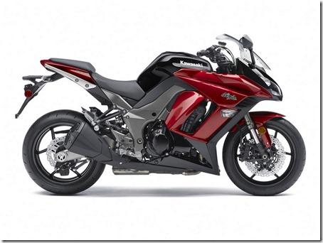 2011-Kawasaki-Ninja-1000-6