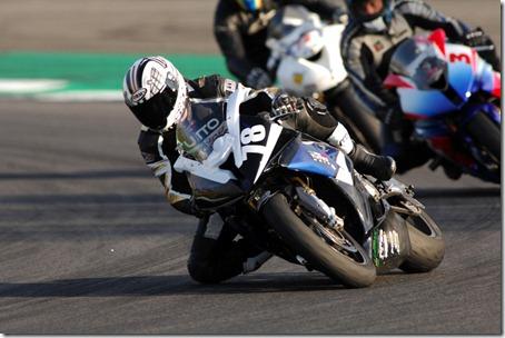 Moto1000GP_2