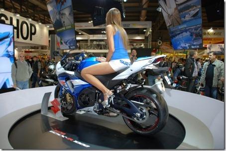Suzuki_GSXR1000_EICMA2011_03
