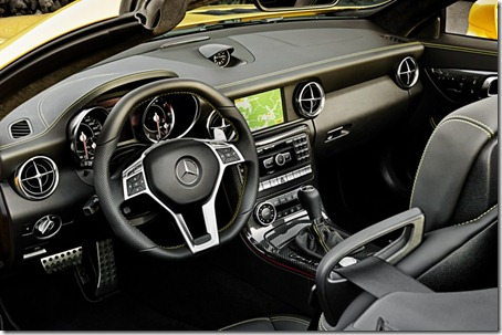 Mercedes-Benz-SLK-55-AMG-interior