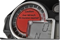 BMW-S1000RR-Mad-Max-painel-com-um-aviso-sutil