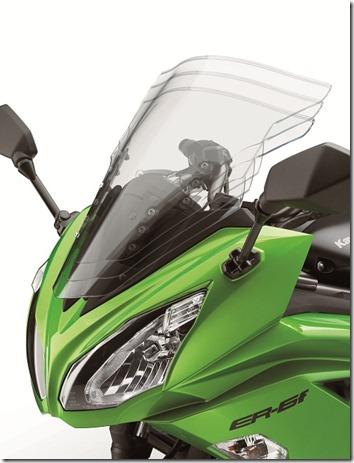 12EX650F_Windscreen_site-20120622-130204