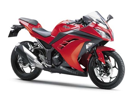 2013-kawasaki-ninja-250r-red