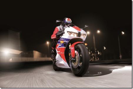 cbr600rr-supersports-2013-11