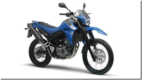 2013-Yamaha-XT660R-EU-Racing-Blue-Studio-001