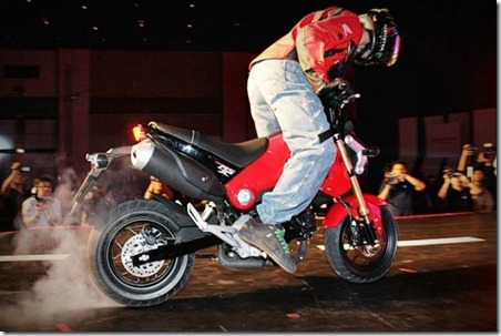 HONDA MSX125 BURN OUT THAILAND