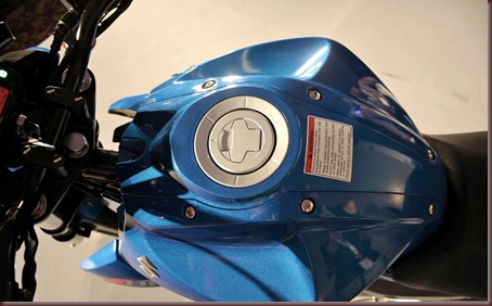 Suzuki-Gixxer-155cc-motorcycle-india-20_jpg_pagespeed_ce_B777oeRxna