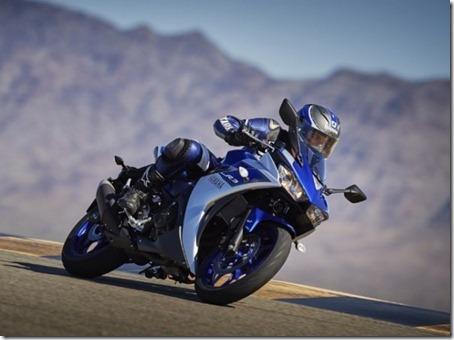 Yamaha-revela-nova-YZF-R3-2015-07-600x448